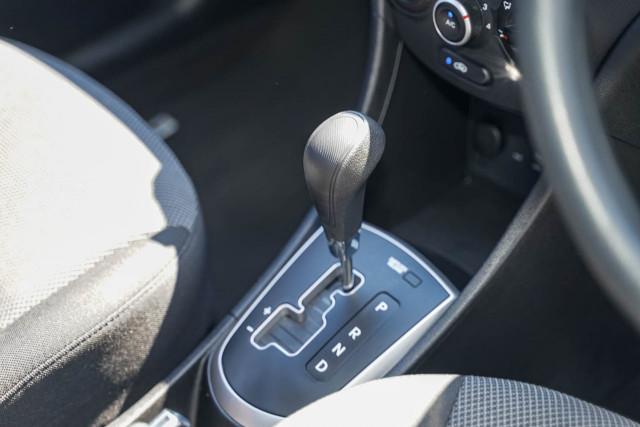 2014 Hyundai Accent RB2 MY15 Active Sedan Image 5