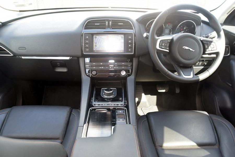 2017 Jaguar F-pace X761 MY17 35t Suv