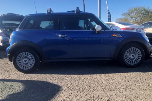 2013 Mini Hatch Hatchback Image 3