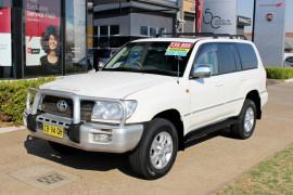 Toyota Landcruiser Sahara HDJ100R