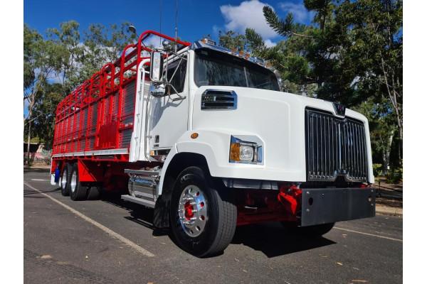 2021 Western Star 4764sxc Truck Image 2