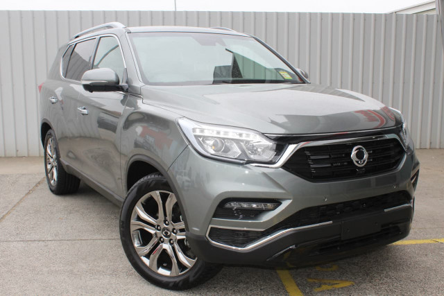 2019 SsangYong Rexton Ultimate 8 of 20
