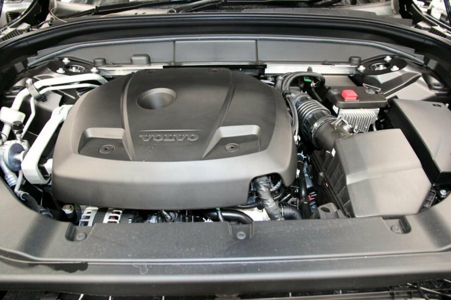 2019 MY20 Volvo XC60 UZ T6 R-Design Suv Image 21