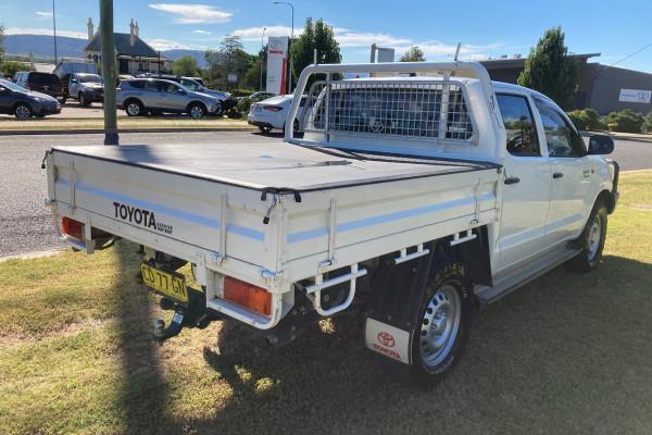2015 MY14 Toyota HiLux KUN26R Turbo SR Cab chassis