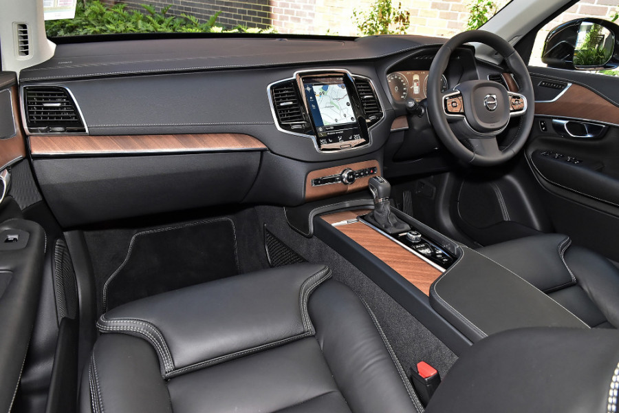 2019 Volvo XC90 L Series D5 Inscription Suv Mobile Image 9