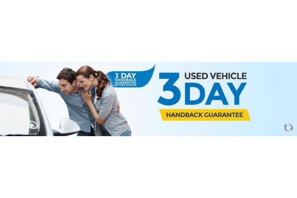 2017 Honda Civic 10th Gen  VTi-LX Hatchback Image 3