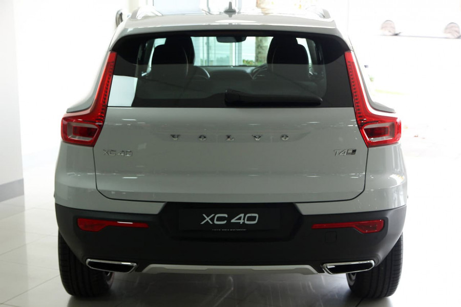 2019 MY20 Volvo Xc40 (No Series) MY20 T4 Inscription Suv Mobile Image 4
