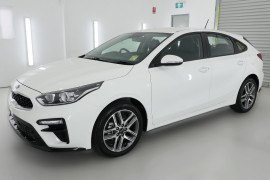 2019 MY20 Kia Cerato Hatch BD Sport Plus Hatchback Image 3