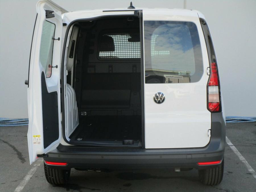 2021 Volkswagen Caddy 5 SWB Van Image 9