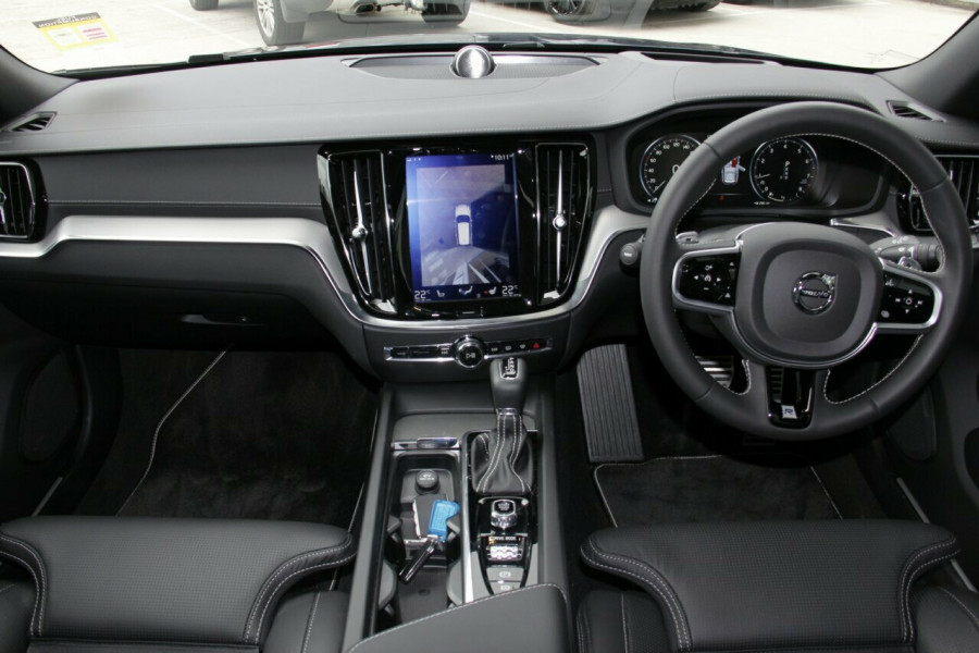 2019 MY20 Volvo V60 T5 R-Design T5 R-Design Sedan Mobile Image 6