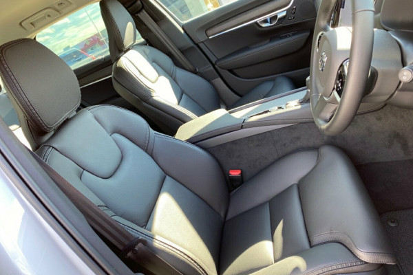2019 MY20 Volvo V90 Cross Country P Series D5 Suv Image 3