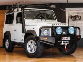 Land Rover Defender 90 MY16