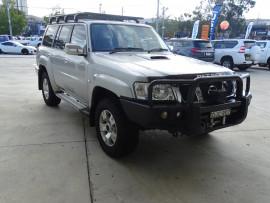 Nissan Patrol ST Y61 GU 10