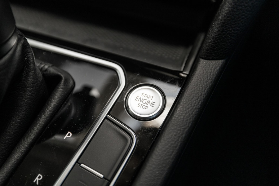 2020 Volkswagen Passat B8 140 TSI Business Wagon Image 16