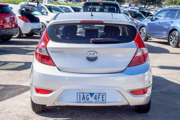2013 Hyundai Accent RB2 Active Hatchback Image 4