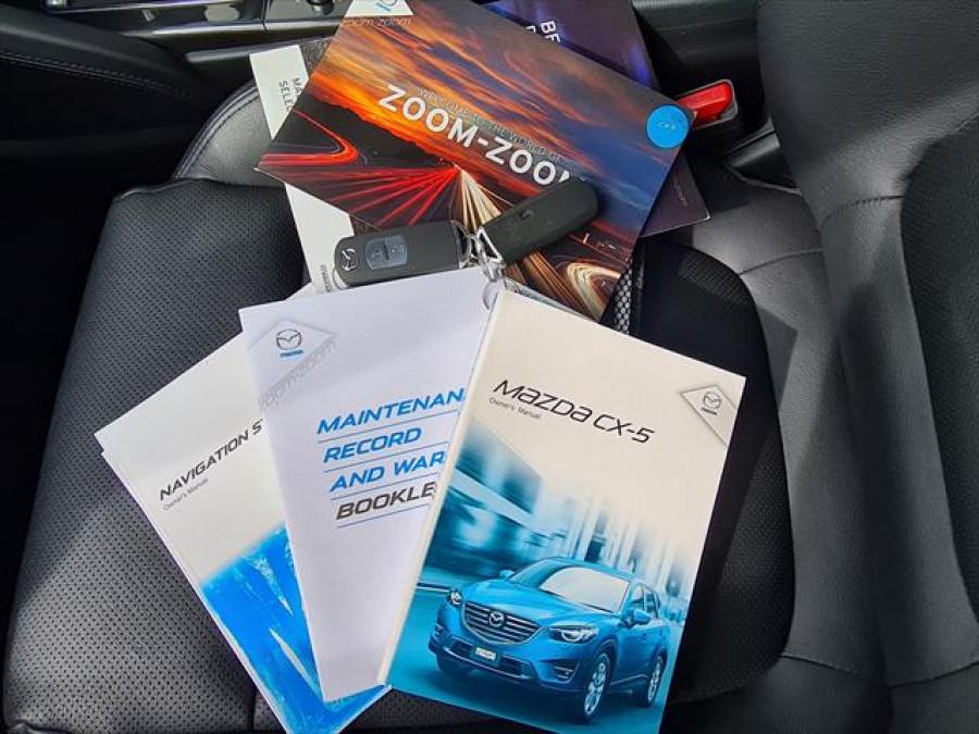 2015 Mazda Default Wagon Image 11