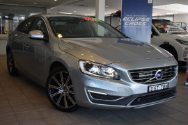 Volvo S60 T4 - Luxury F Series  T4