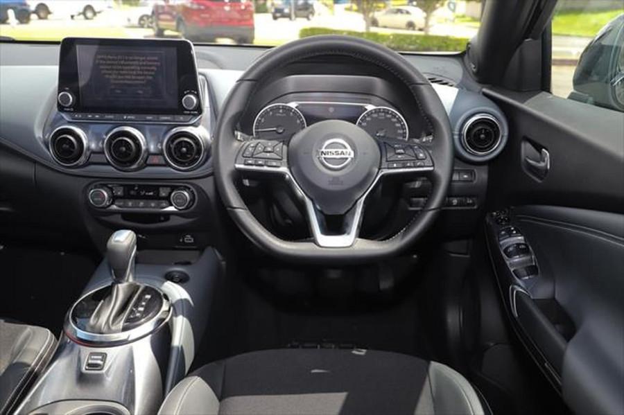 2020 Nissan JUKE F16 ST-L Hatchback Image 13