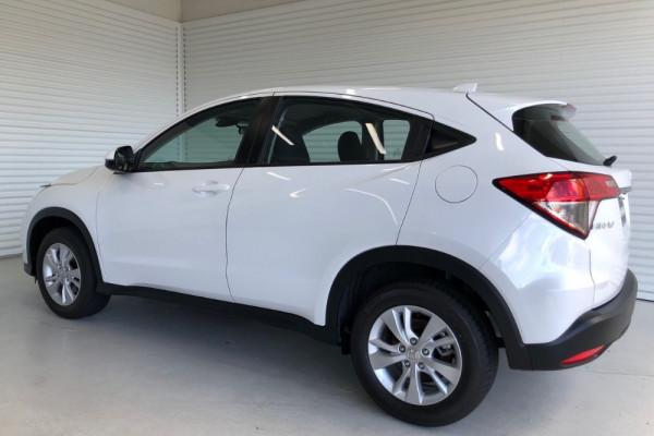 2020 Honda HR-V VTi Suv Image 3