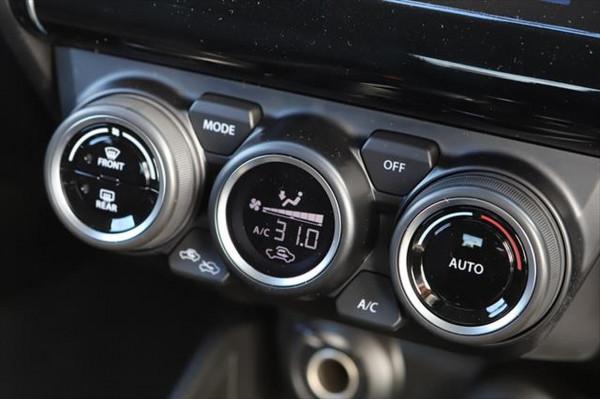 2020 Suzuki Swift AZ GLX Hatchback image 19
