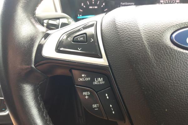 2015 Ford Mondeo MD TREND Hatchback Mobile Image 12