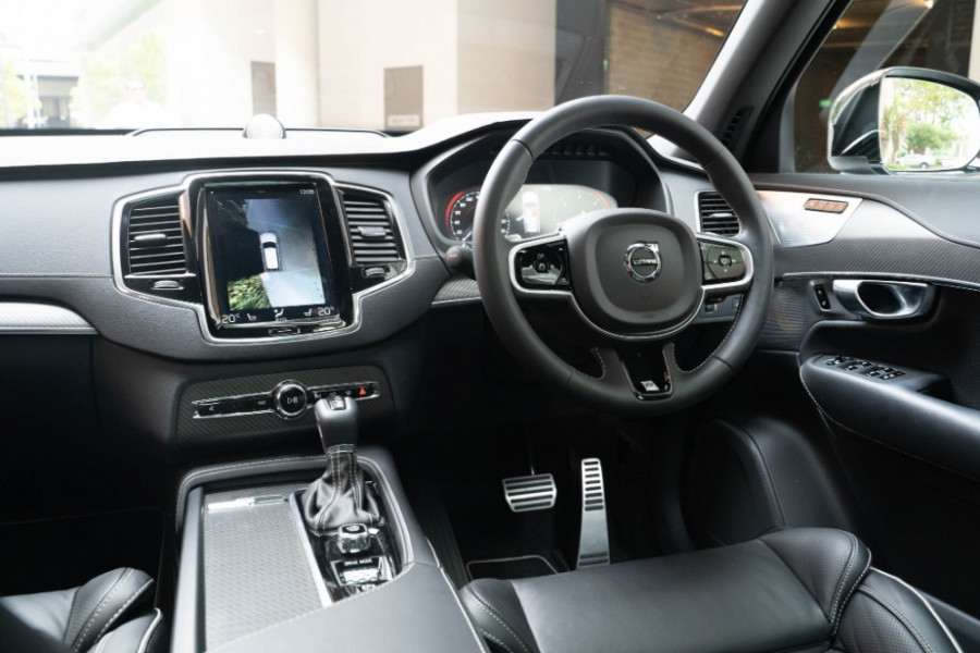 2020 Volvo XC90 L Series D5 R-Design Suv Image 19