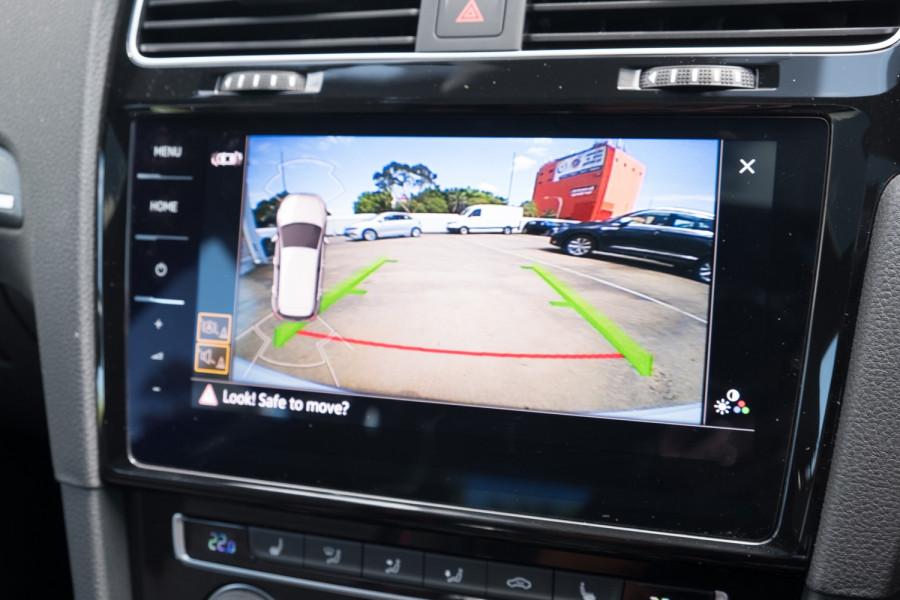 2020 Volkswagen Golf 7.5 GTI Hatch Image 24