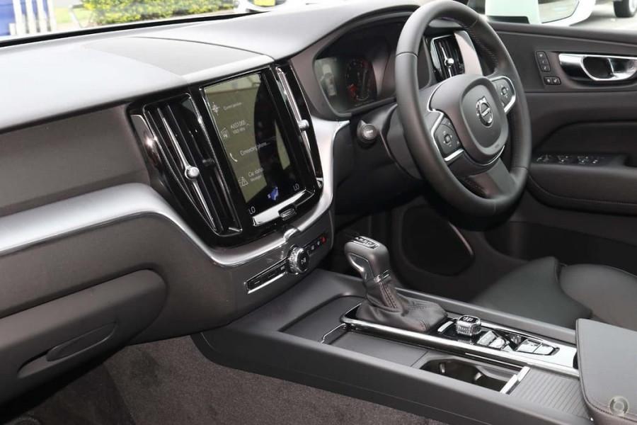 2021 Volvo XC60 UZ D4 Momentum Suv Image 7