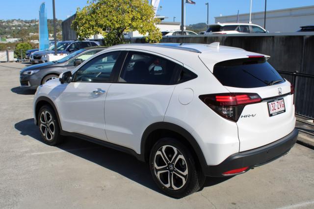 2020 Honda HR-V VTi-LX Suv Image 4