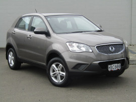 SsangYong Korando Manual 2.0L