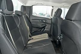 2020 MY21 Isuzu UTE D-MAX SX 4x2 Crew Cab Ute Utility Mobile Image 16