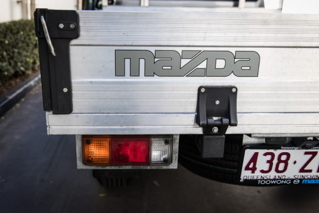 2019 Mazda BT-50 UR 4x2 2.2L Single Cab Chassis XT Cab chassis Mobile Image 17