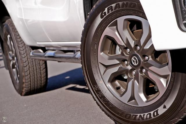2019 Mazda BT-50 UR 4x4 3.2L Freestyle Cab Pickup XTR Utility Image 2