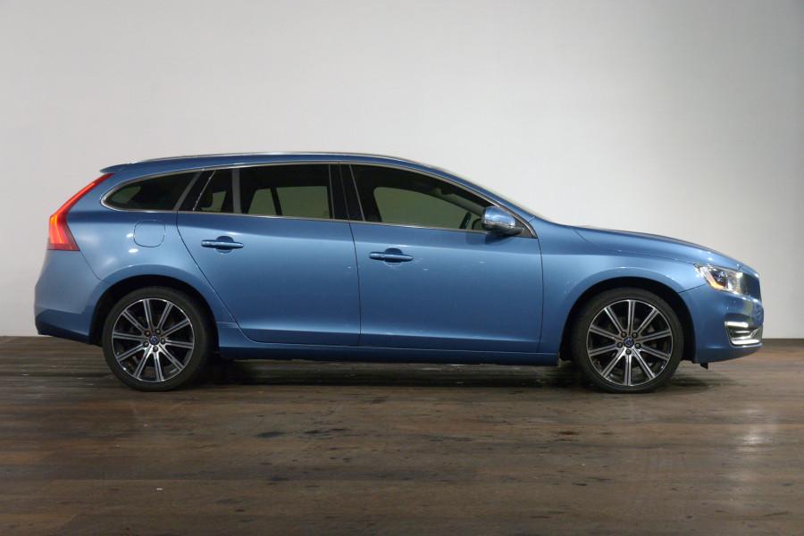 2015 Volvo V60 T5 Luxury