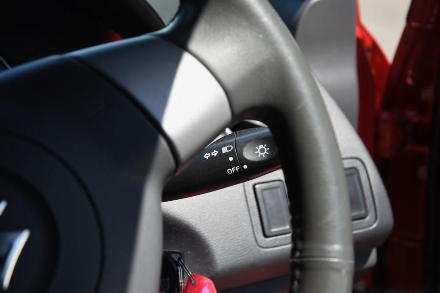 2006 Suzuki Swift RS415 RS415 Hatchback Image 12