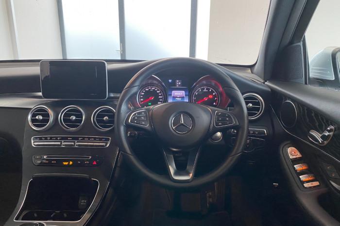 2017 Mercedes-Benz C Class X253 808MY GLC250 Wagon Image 18