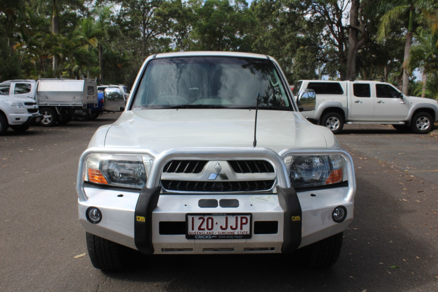 2005 Mitsubishi Pajero NP  GLS Suv