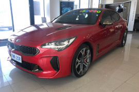2017 MY18 Kia Stinger CK GT Sedan Image 3