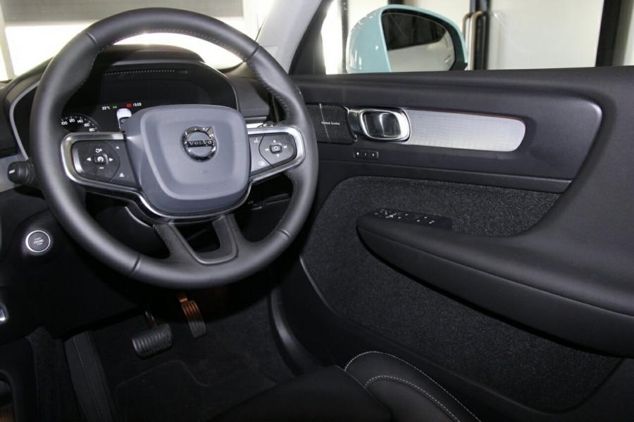 2019 MY20 Volvo XC40 536 MY20 T4 Momentum (FWD) Suv Image 19