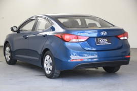 2013 Hyundai Elantra MD2 Active Sedan Image 3