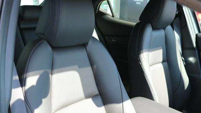 2020 Mazda 3 BP X20 Astina Hatch Hatchback Mobile Image 23