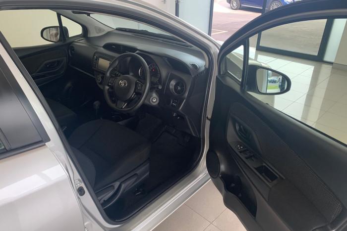 2017 Toyota Yaris NCP130R Ascent Hatchback Image 12