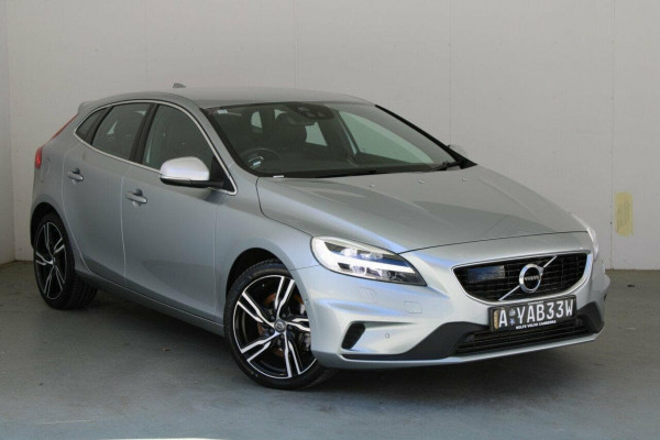 2016 MY17 Volvo V40 M Series  T5 T5 - R-Design Hatchback