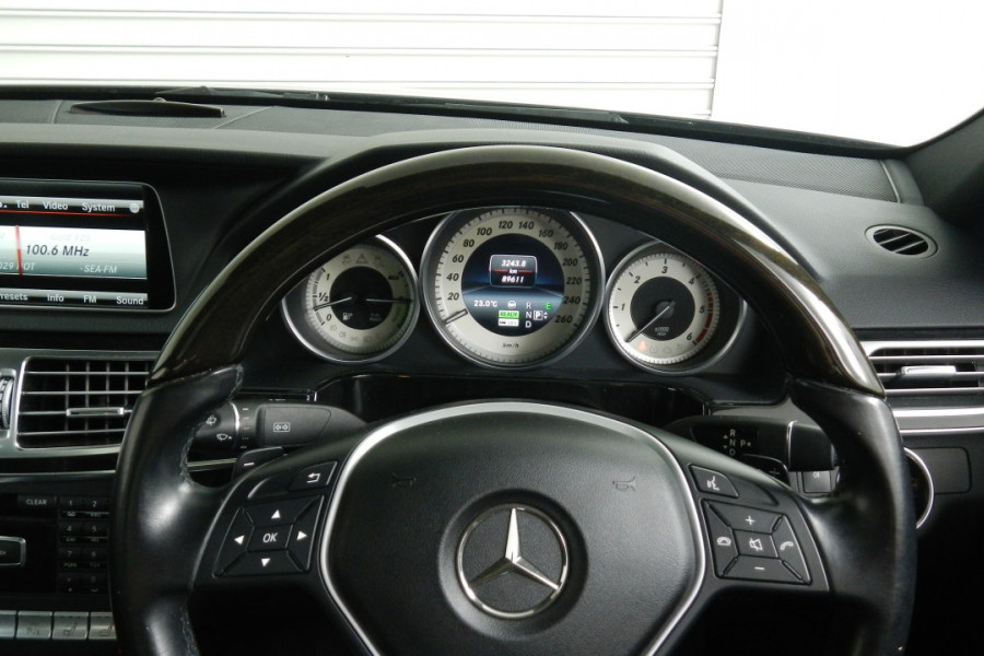2013 Mercedes-Benz E300 W212 MY13 BlueTEC Sedan Mobile Image 13