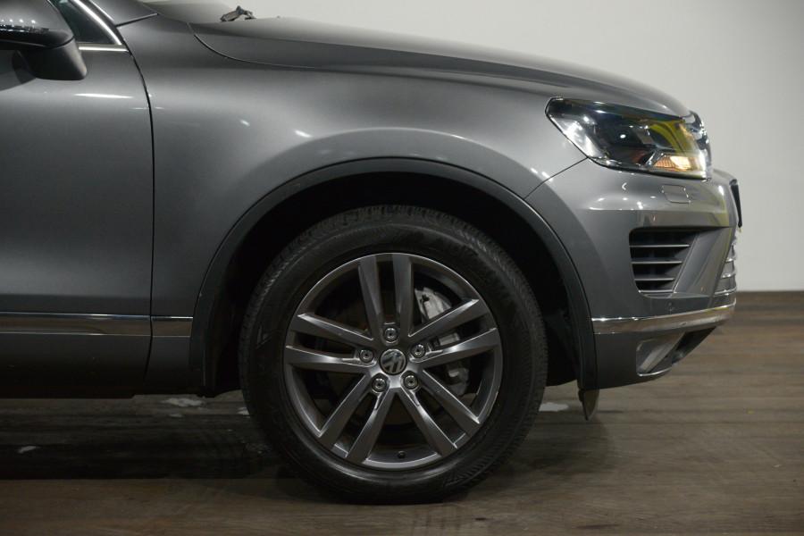 2017 Volkswagen Touareg V6 Adventure