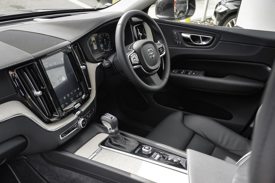 2018 MY19 Volvo XC60 UZ T5 Inscription Suv Mobile Image 6