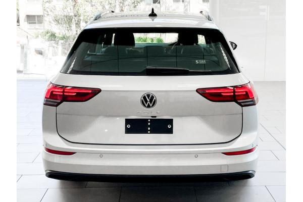 2021 Volkswagen Golf 8 110TSI Golf Wagon Image 5
