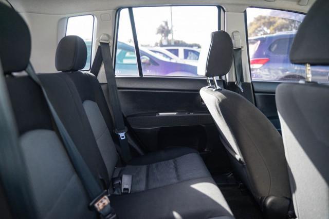 2005 Mazda 2 DY Series 1 Maxx Hatchback Image 10