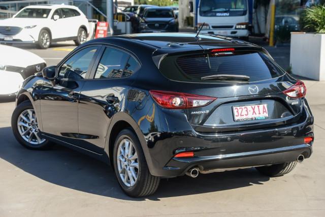 2016 Mazda 3 BM5476 Neo Hatchback Image 2