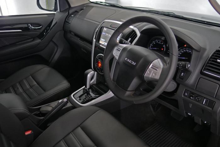 2019 Isuzu UTE MU-X LS-T 4x4 Wagon Image 6